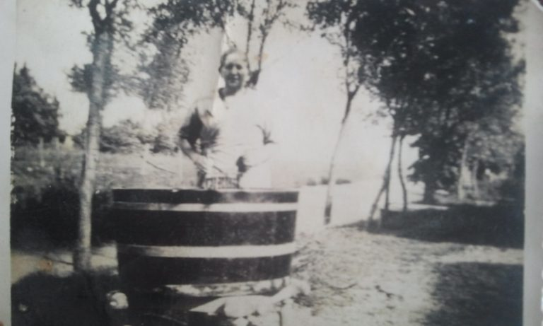 Laura de Koning van Schaijk de moeder van Rijkje in 1931